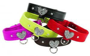 Bobby Hearts Collar